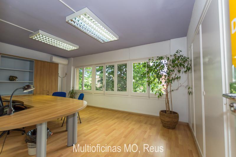 Oficina con vista al exterior 20m2 en reus